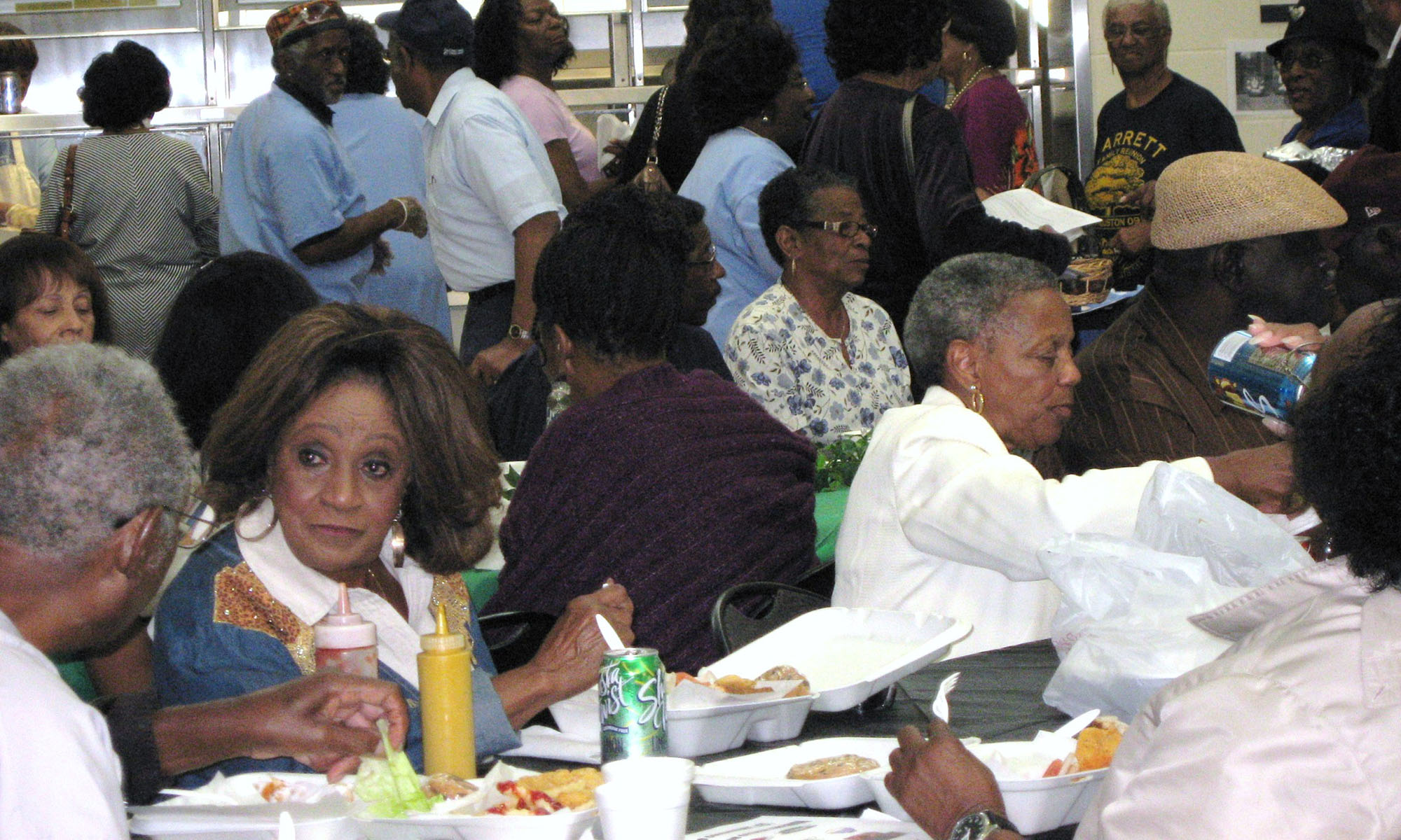 4th-District-Seniors-Resource-Center-lunch